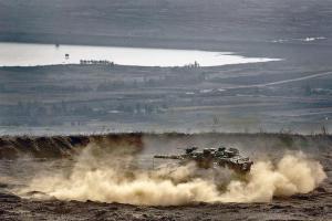 Israeli tank on the Golan Heights Photo:thetimes.co.uk